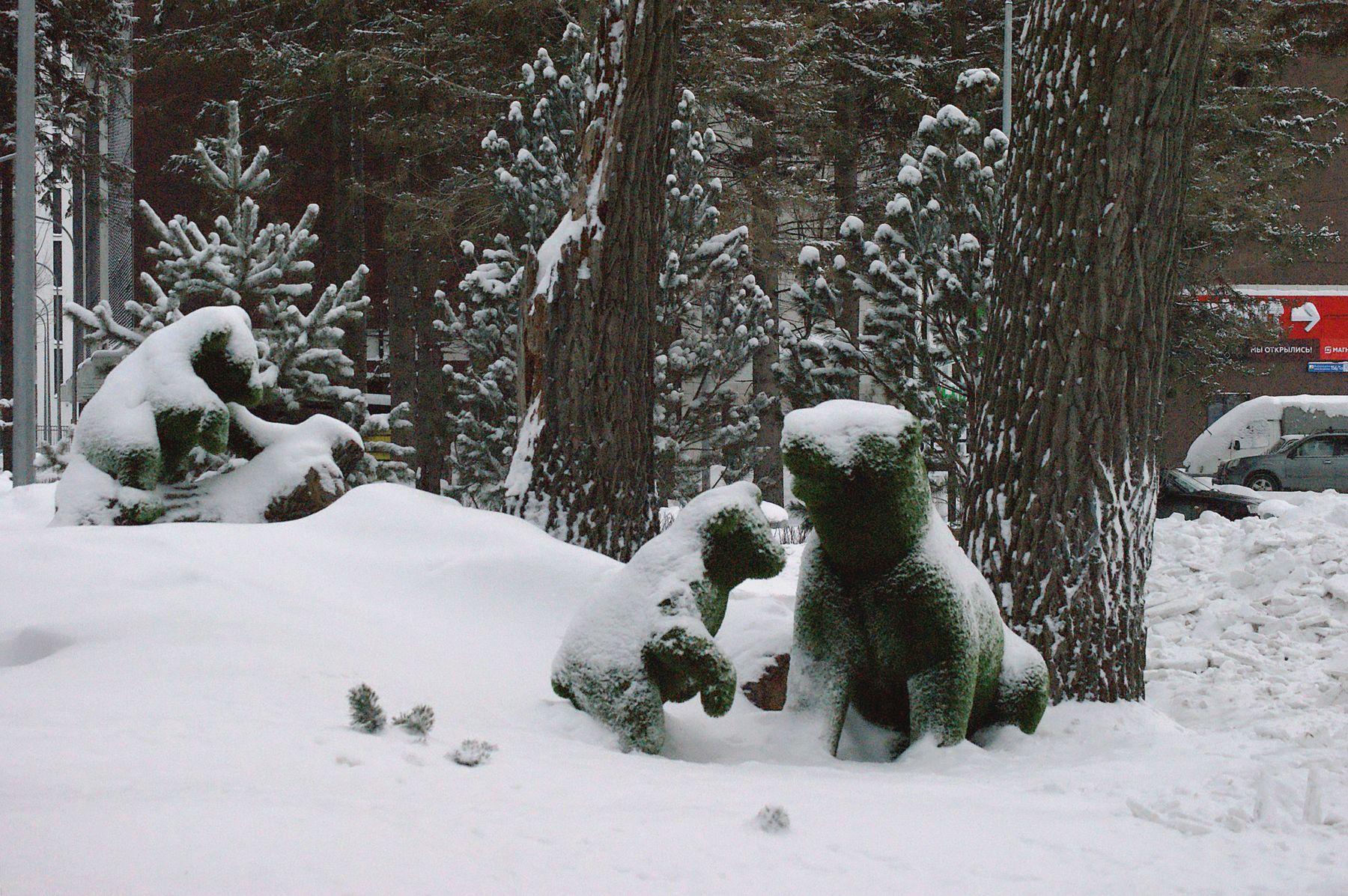 Ми-ми-мишки город арт-объект медведи зимой