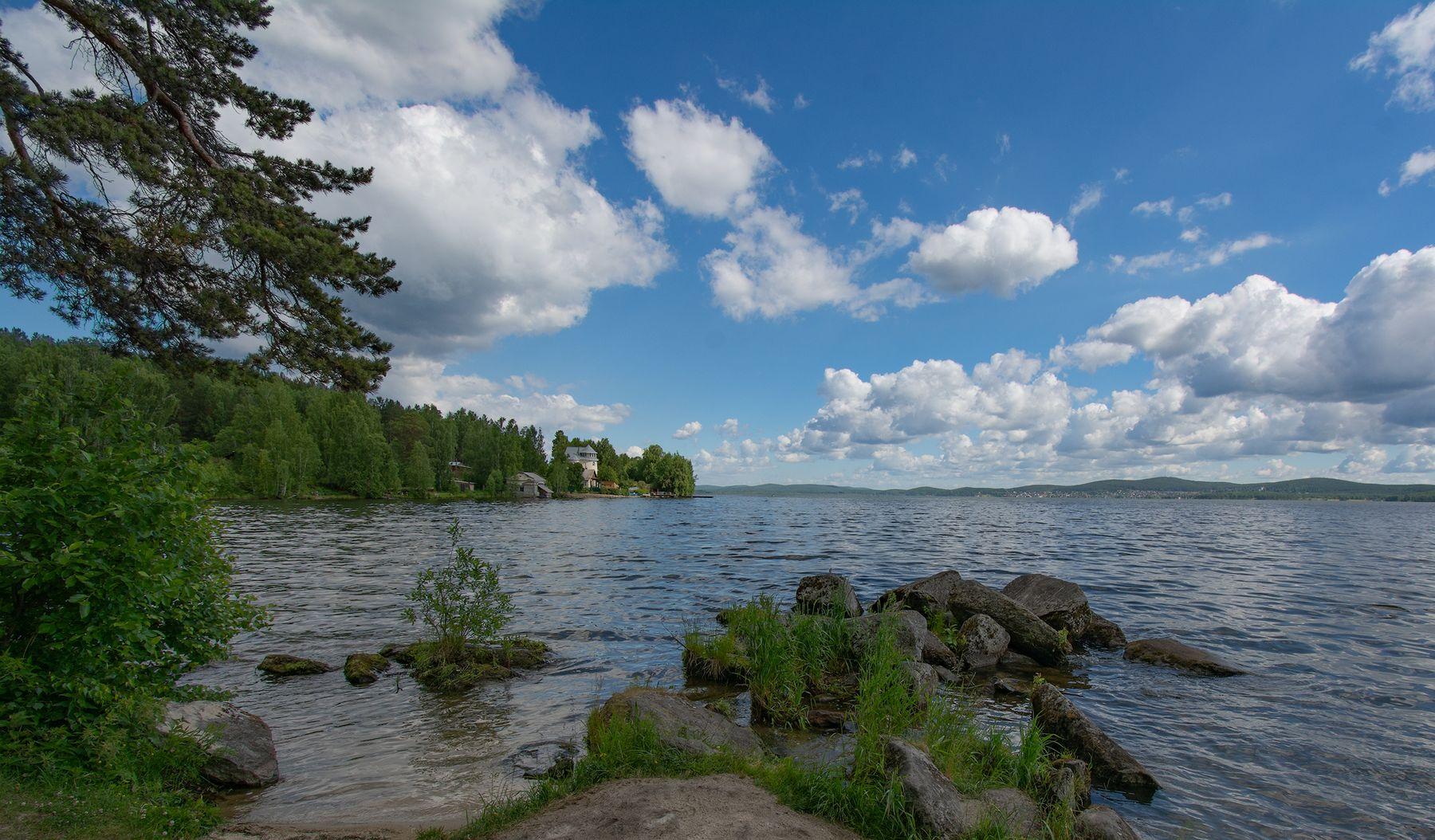 Берег озера Таватуй