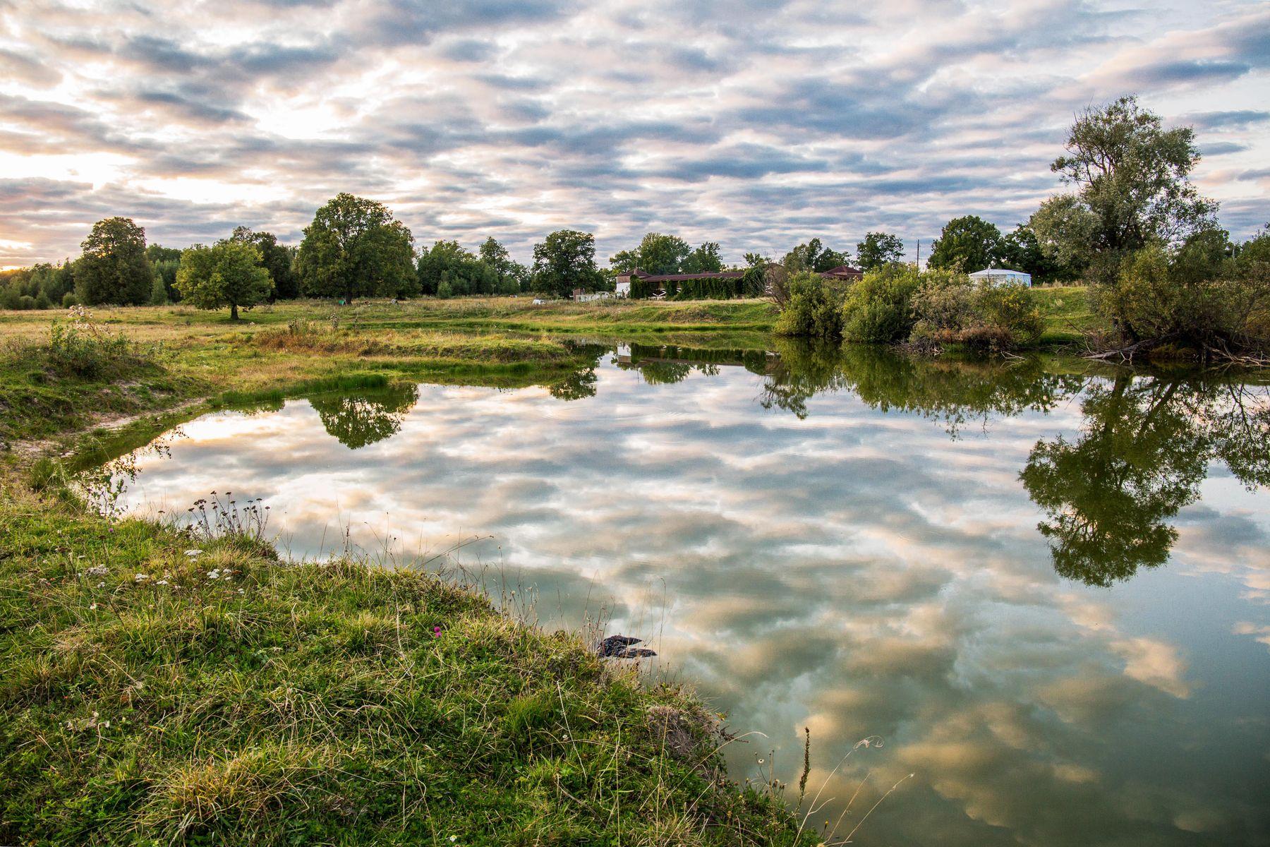 Отражение облаков природа пейзаж вечер озеро татарстан красницкий