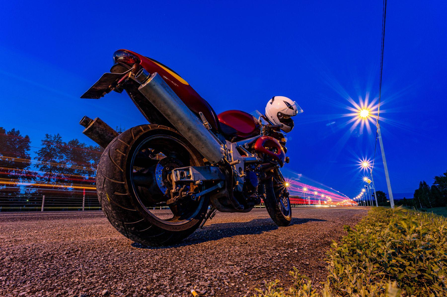 Дорога мотоцикл дорога