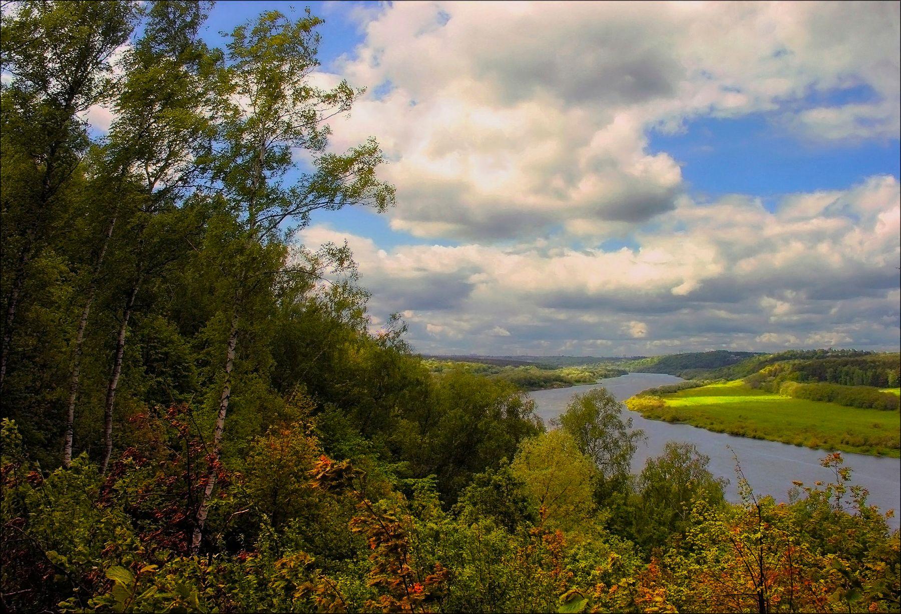 *** осень начало р Ока лес небо облака