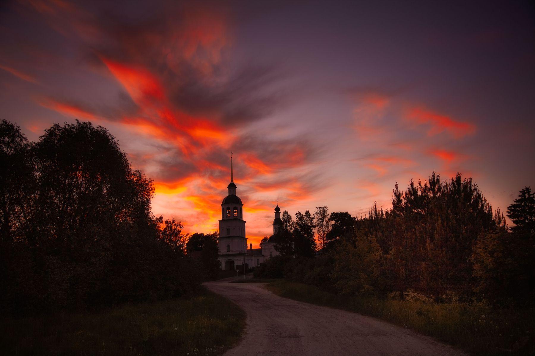 Колоцкий монастырь закат лето вечер монастырь