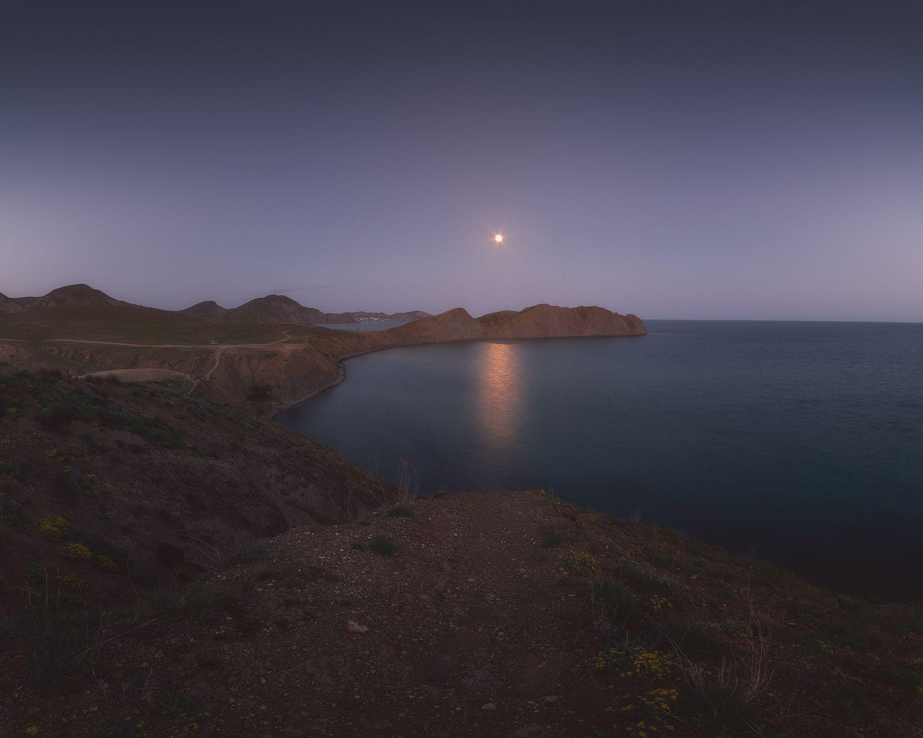 В лунном свете