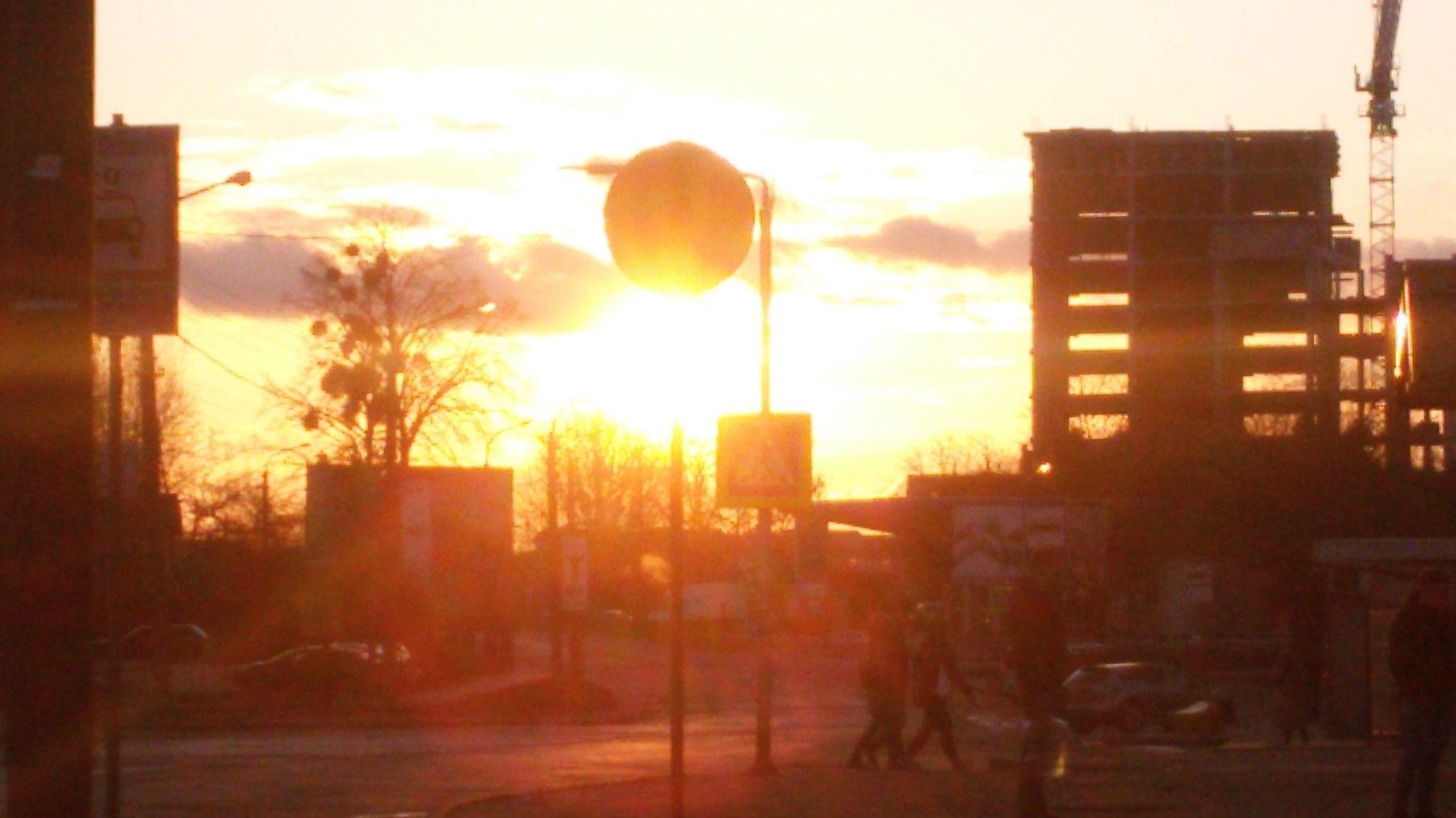 *** машины дорога закат солнце