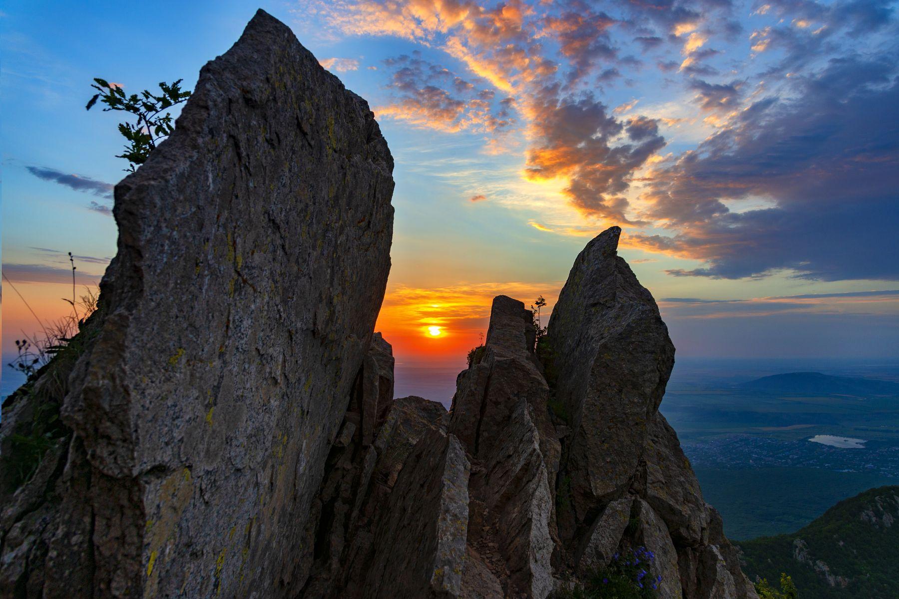 Взгляд рассвета рассвет облака скалы природа пейзаж кмв бештау