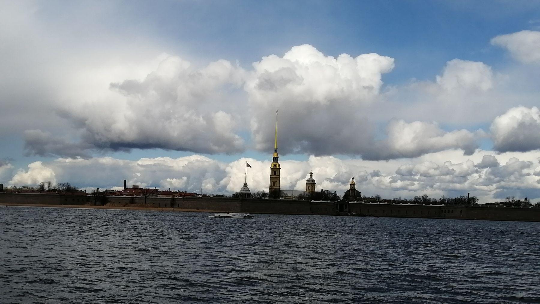 Днём в Санкт-Петербурге Достопримечательности Санкт-Петербург нева весна 2021