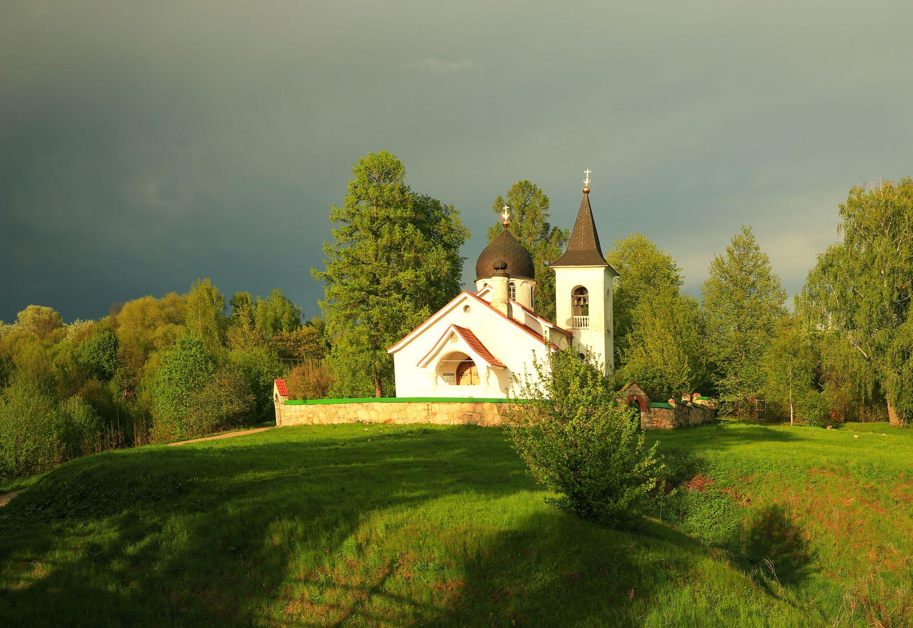 Вечна в Бехово Бехово Церковь Святой Троицы вечер