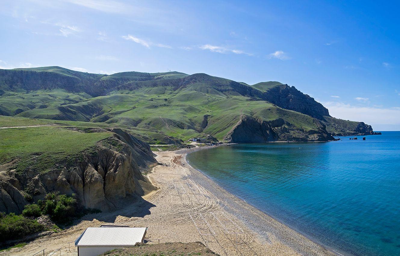 Меганом (4). Пустой пляж.