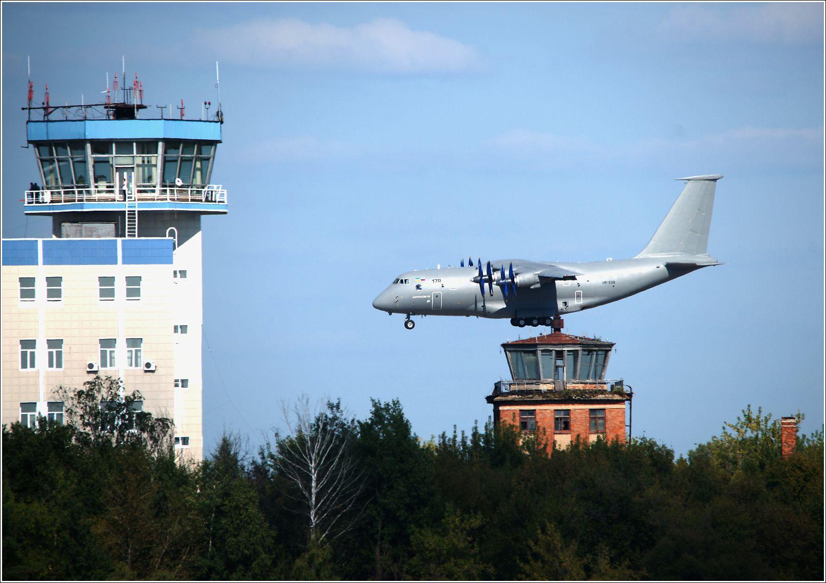 Ан-70 Ан-70 авиация самолет полёт Жуковский 2013 МАКС