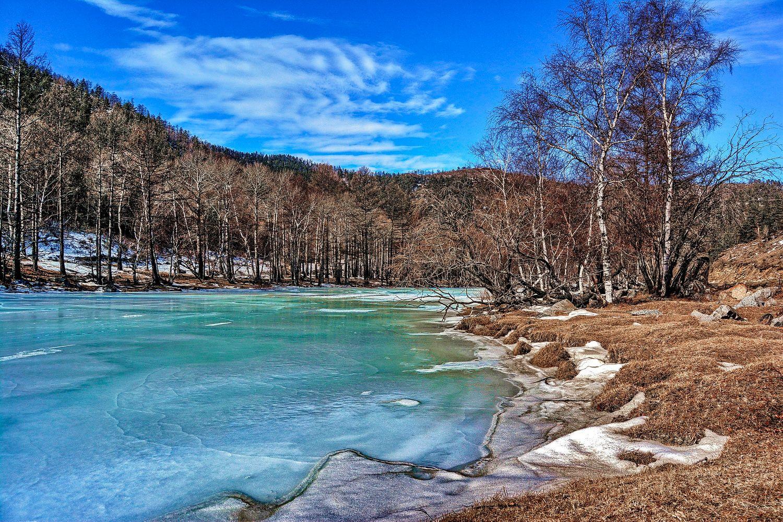 Река Большое Голоустное река зима лед