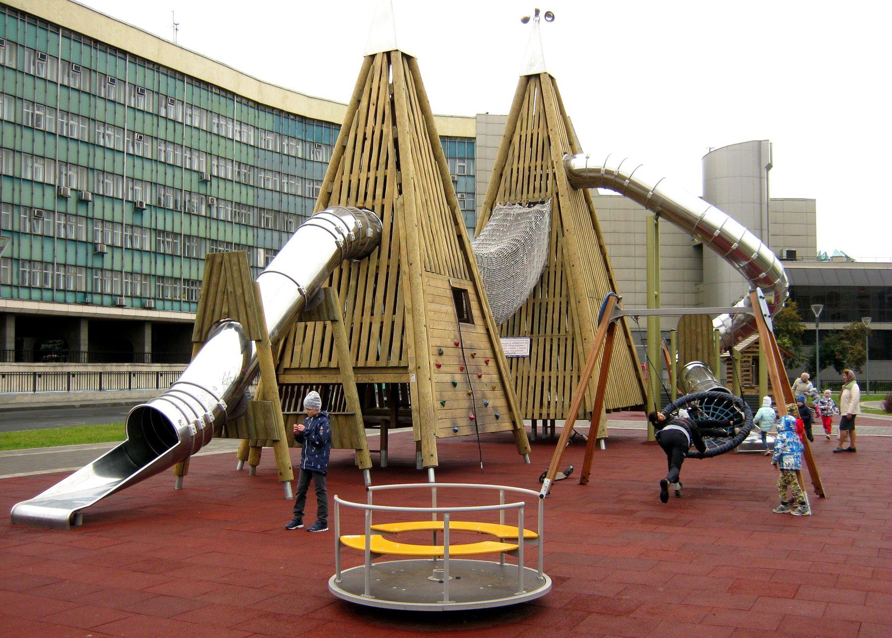 Детская площадка. Жанр детский мир архитектура путешествия