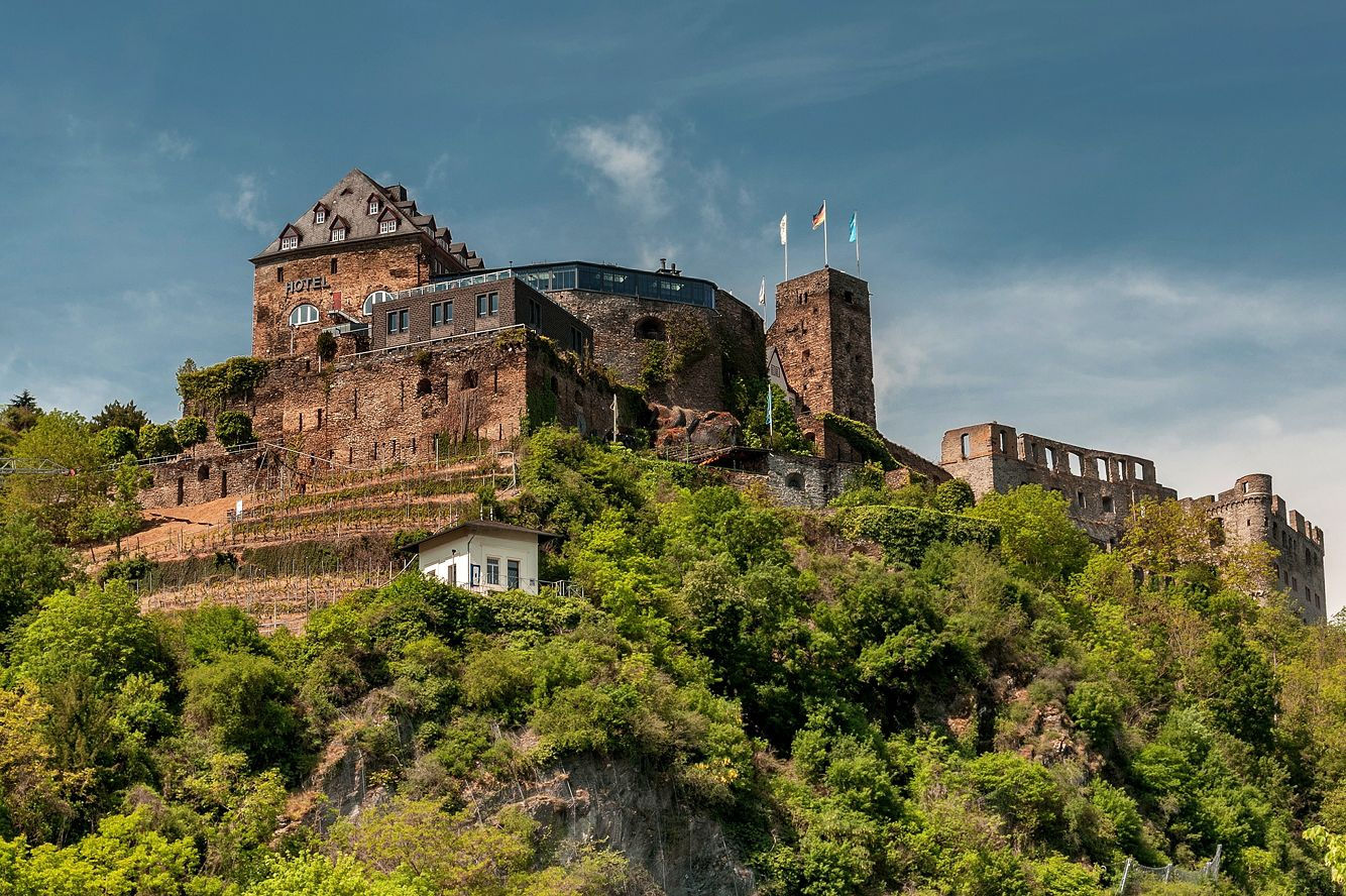 Замок Райнфельс