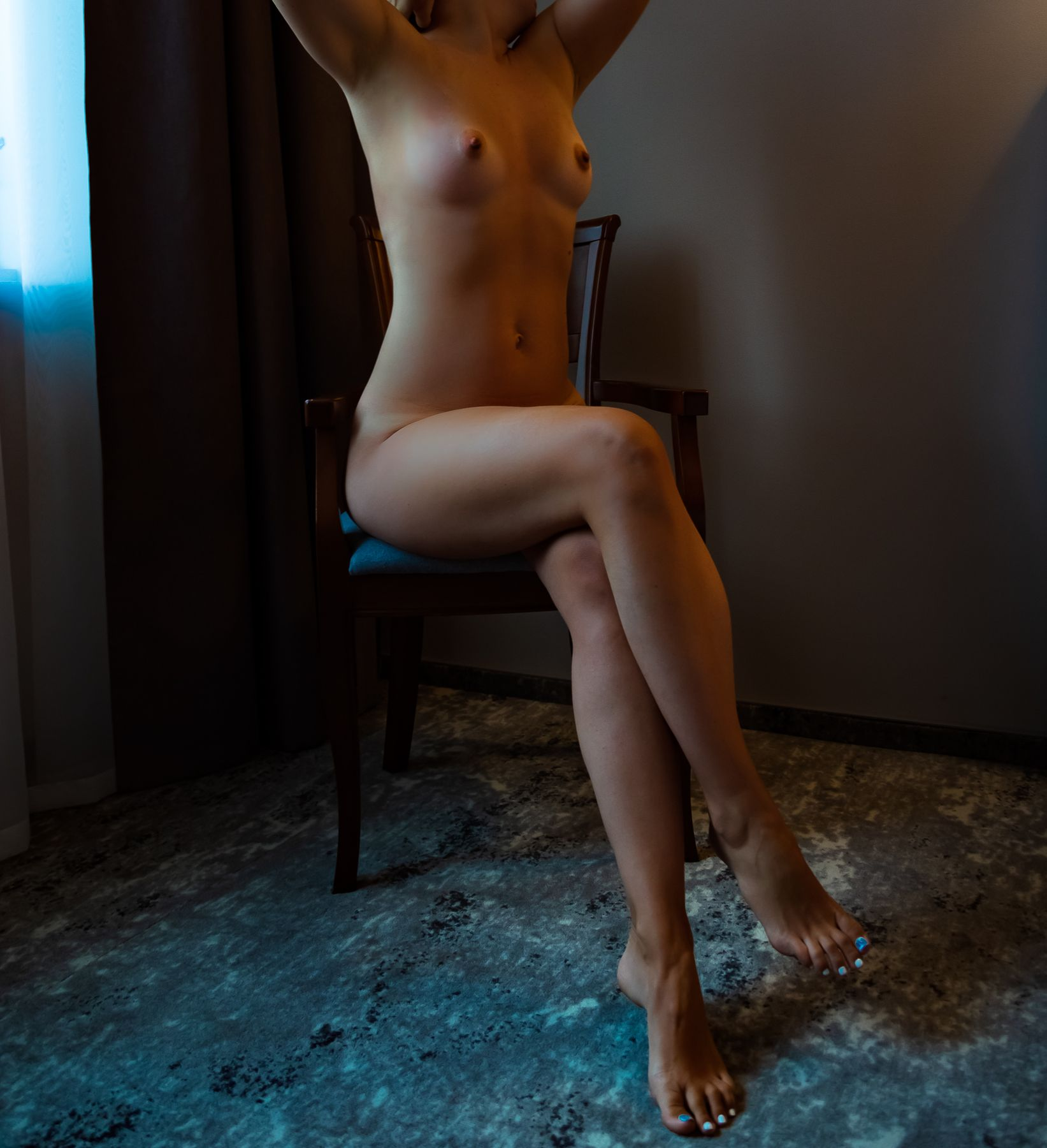 Hotel ню грудь