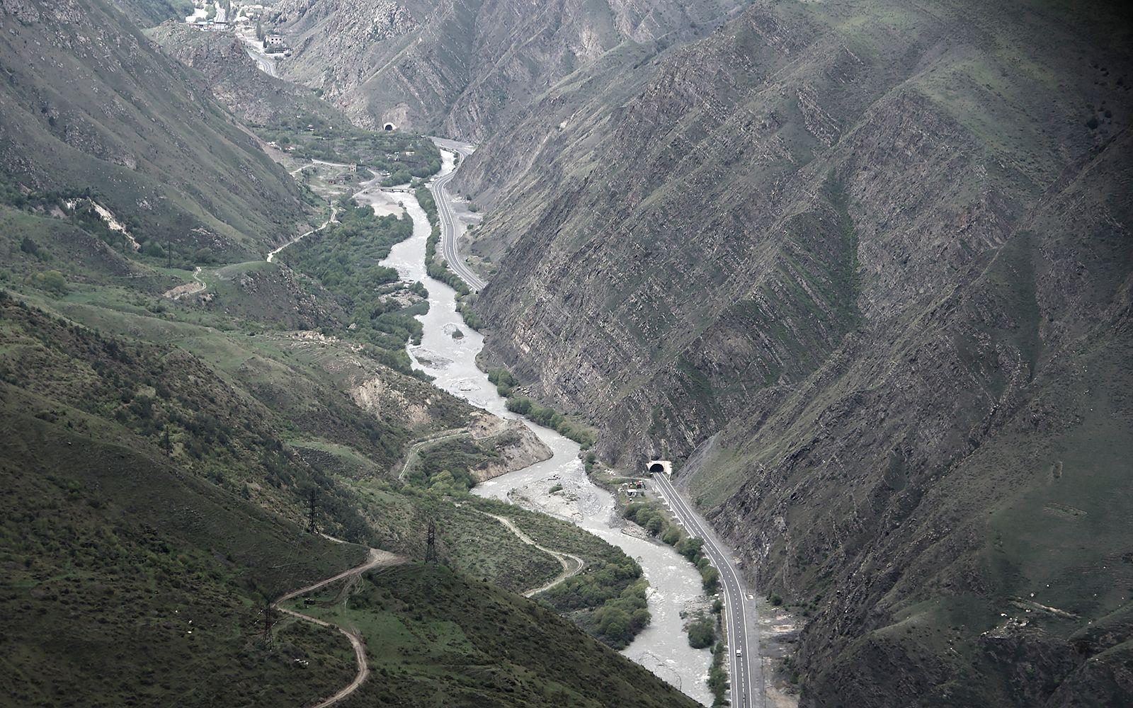 наглядно о физике тоннелей Мизур река Ардон Транскавказская магистраль тоннель физика