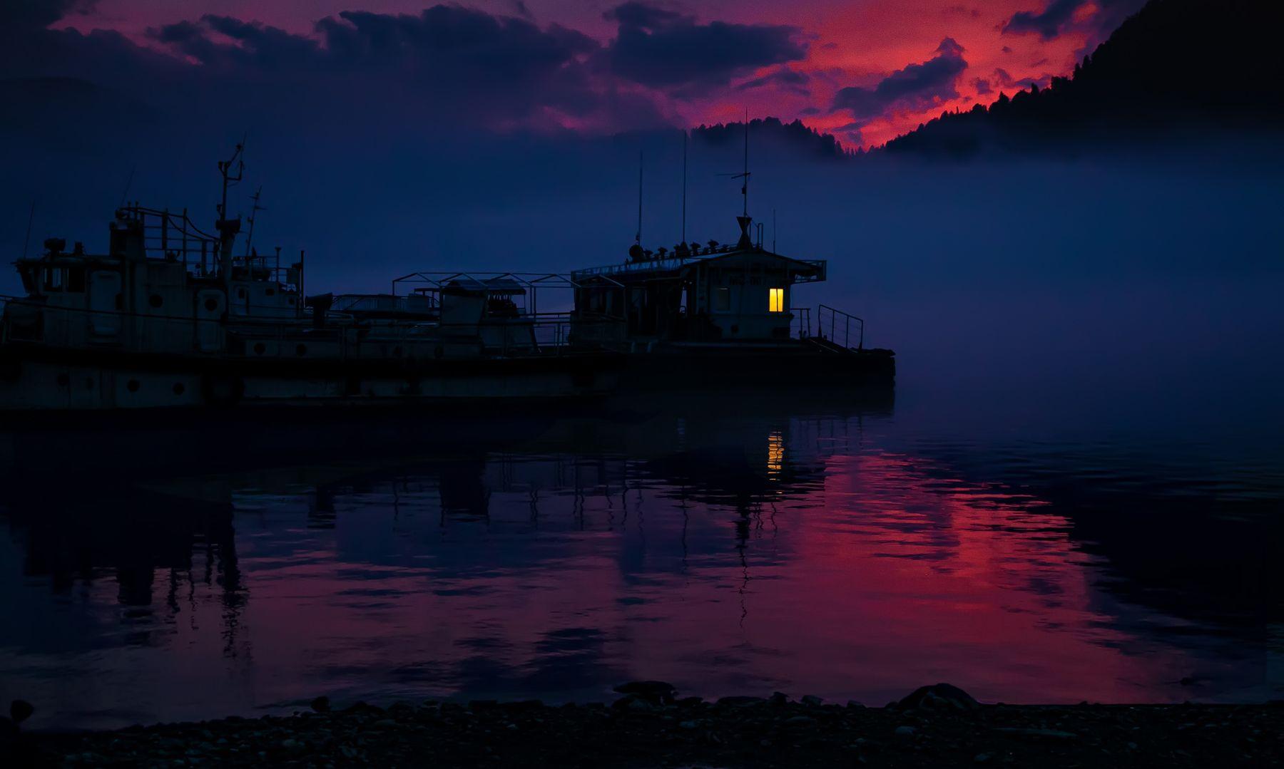 Вечер на берегу Телецкого озера алтай телецкое горы озеро закат туризм