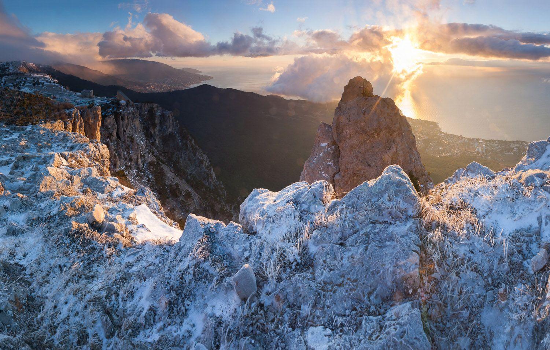Зима на плато Ай-Петри Крым Ялта Ай-Петри зима фотограф море пейзажи Крыма мороз туман солнце Ялтинский залив Никит Мыс Мартьян