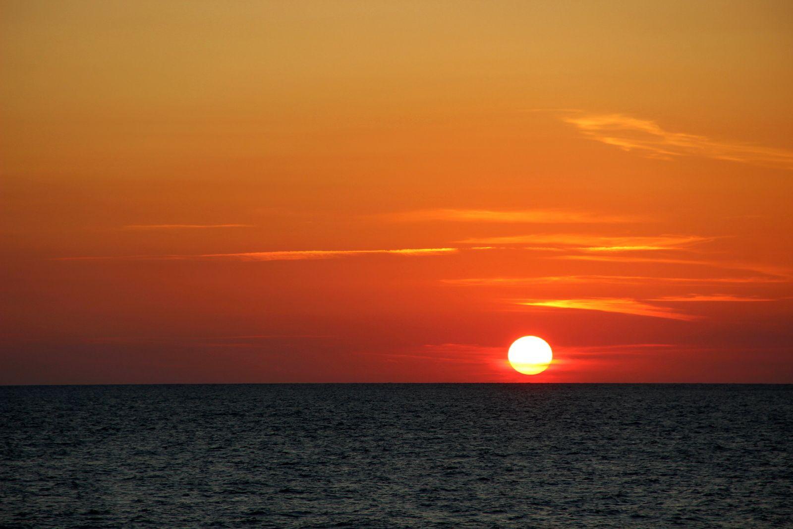 Закат на мысе Херсонес море мыс Херсонес Севастополь
