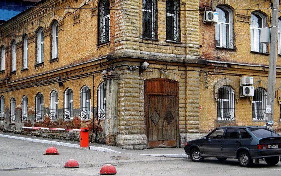 *** улица город автомобиль шлагбаум этюд фотоэтюд