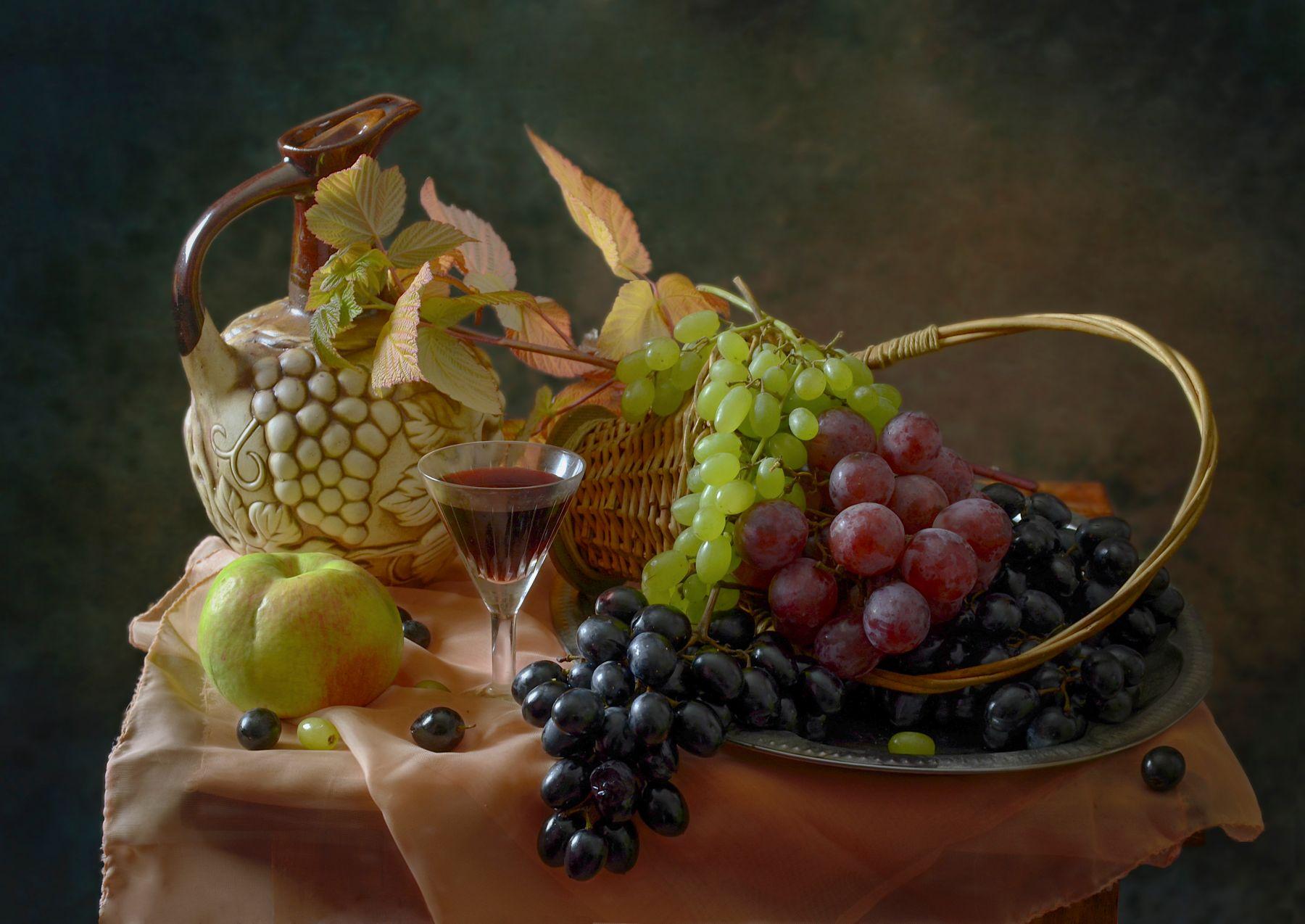 ***Виноград и вино.