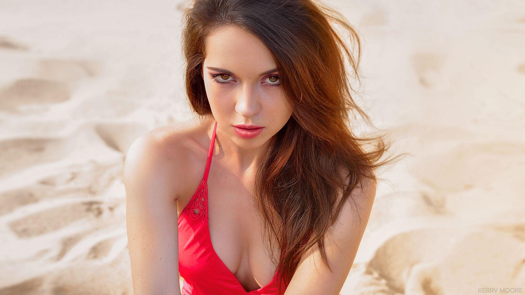Смотри мне в глаза portrait гламур девушка модель красота пляж