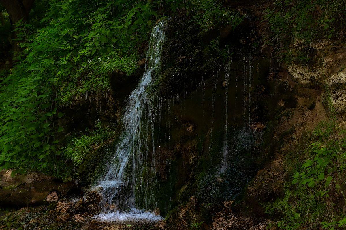 Пущино. Водопад на экотропе...