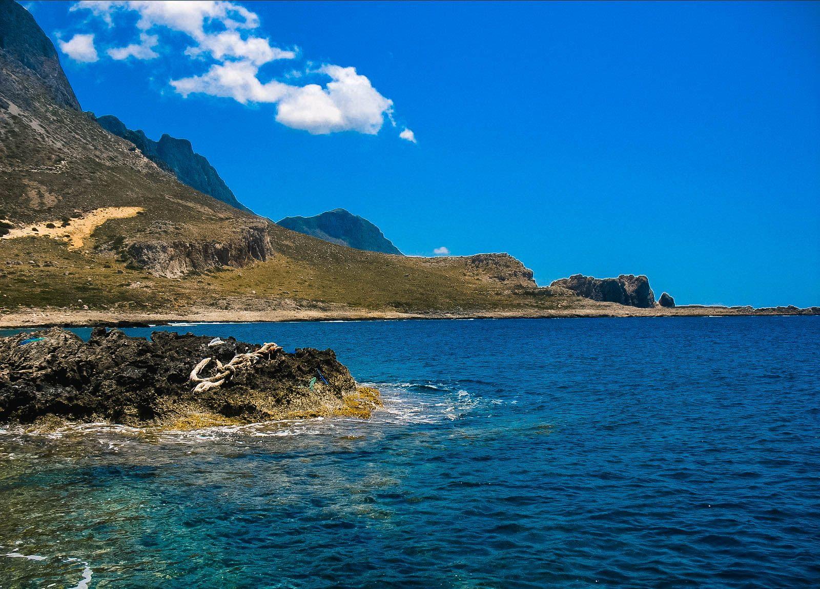 Скалистый берег, Крит (09.06.2006)