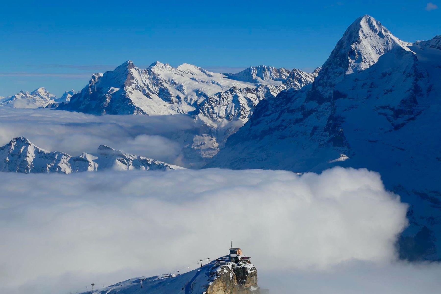 Piz Gloria. Швейцария Швейцария путешествия горы снег