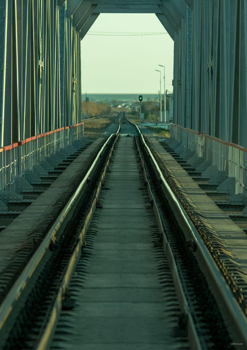 Вечер на полустанке у ж/д моста через р. Сейм... ч.2