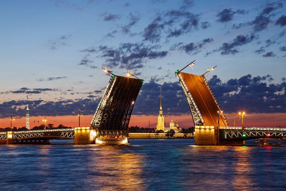 Очарование белых ночей Санкт-Петербург Дворцовый мост Нева белые ночи