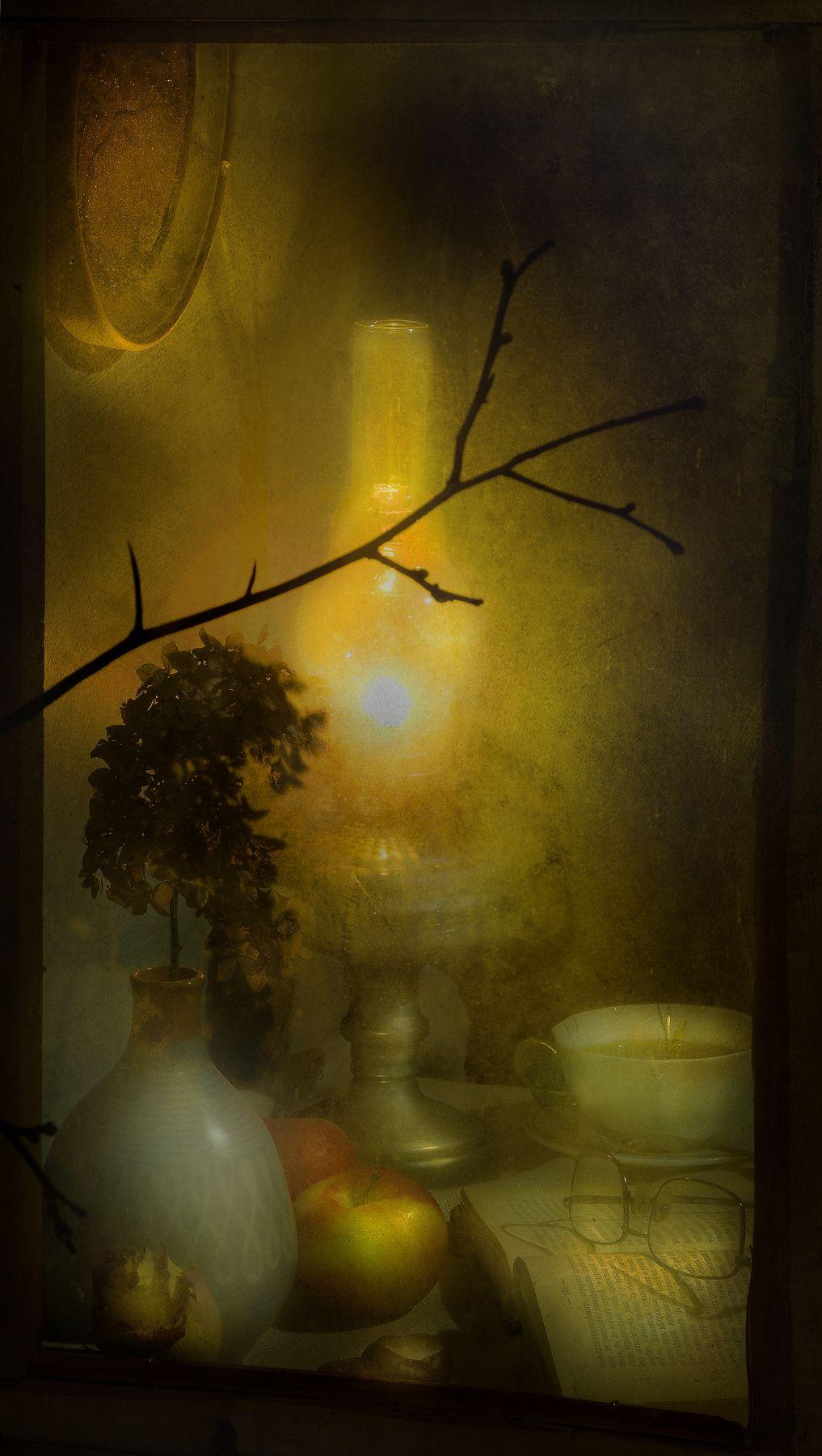 Свет в окне...