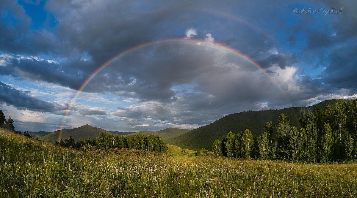 """""""На небе радуга сияет и блестит, лес в сказку погрузился и затих..."""" Вечер природа небо радуга лес горы"""