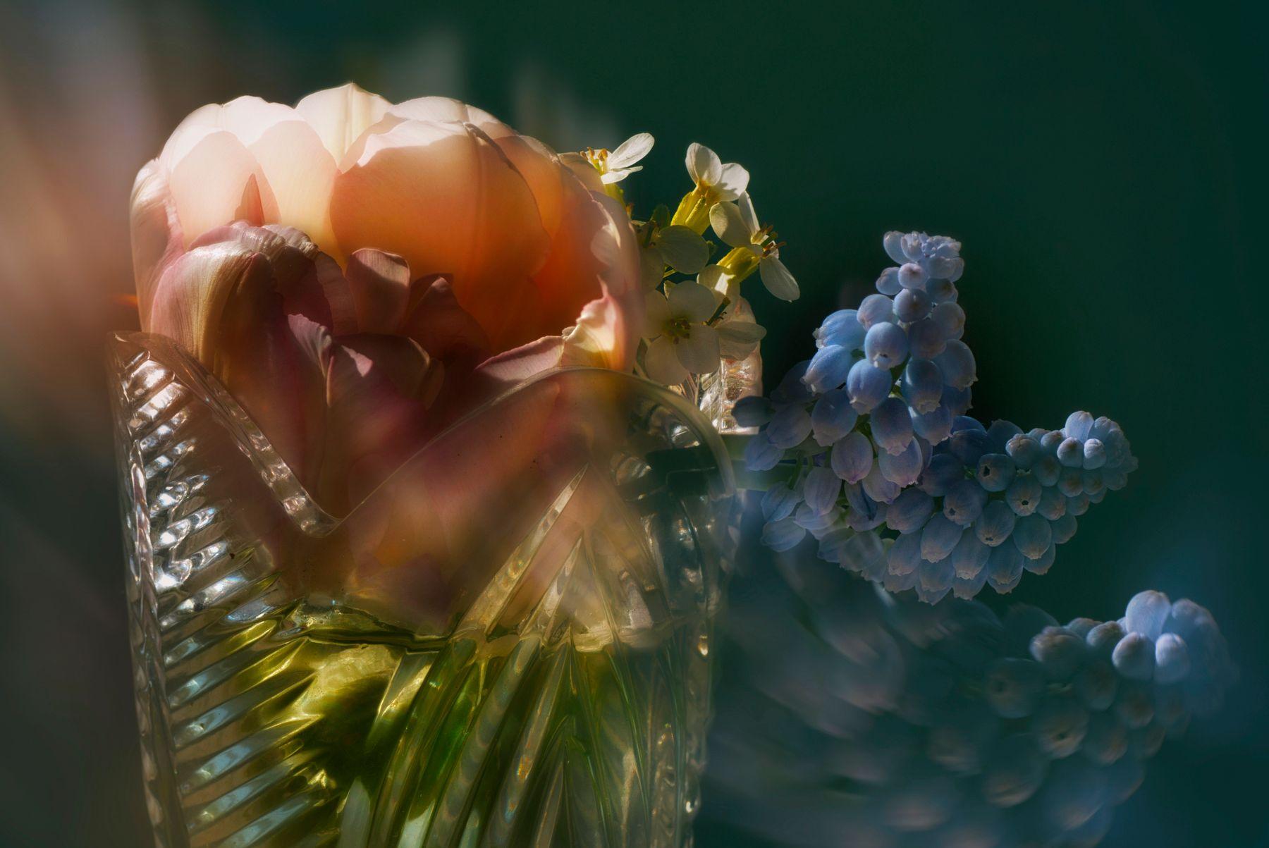 ваза с цветами Южный-Урал