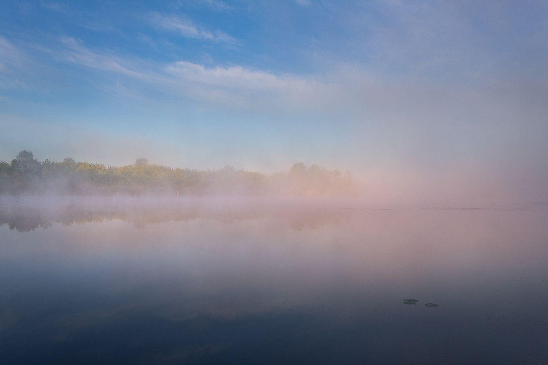 Раннее утро на реке Тобол.