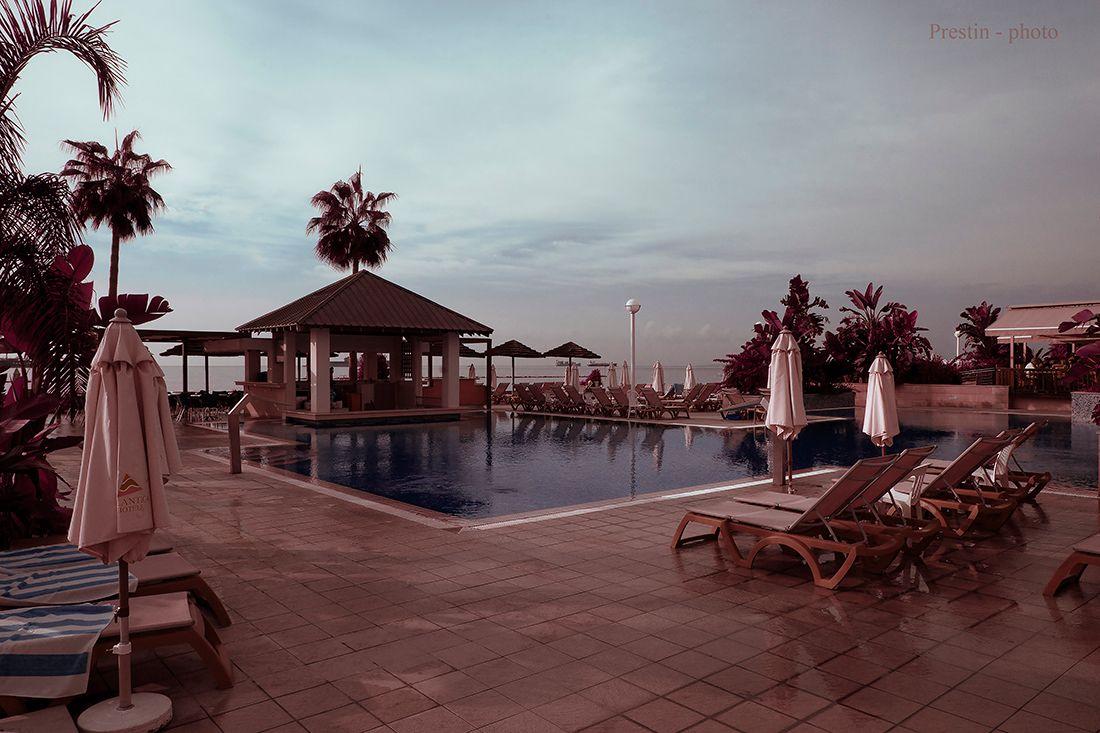 Время жаворонков... кипр лимасол отель море бассейн утро