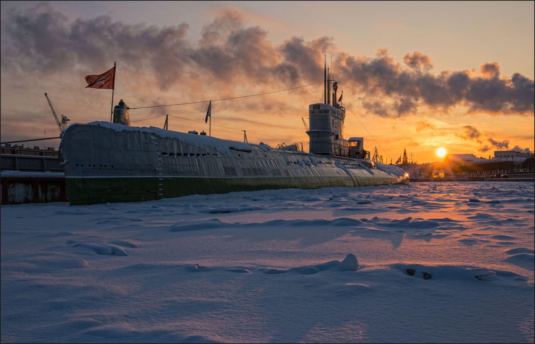 *** Санкт-Петербург зима корабли