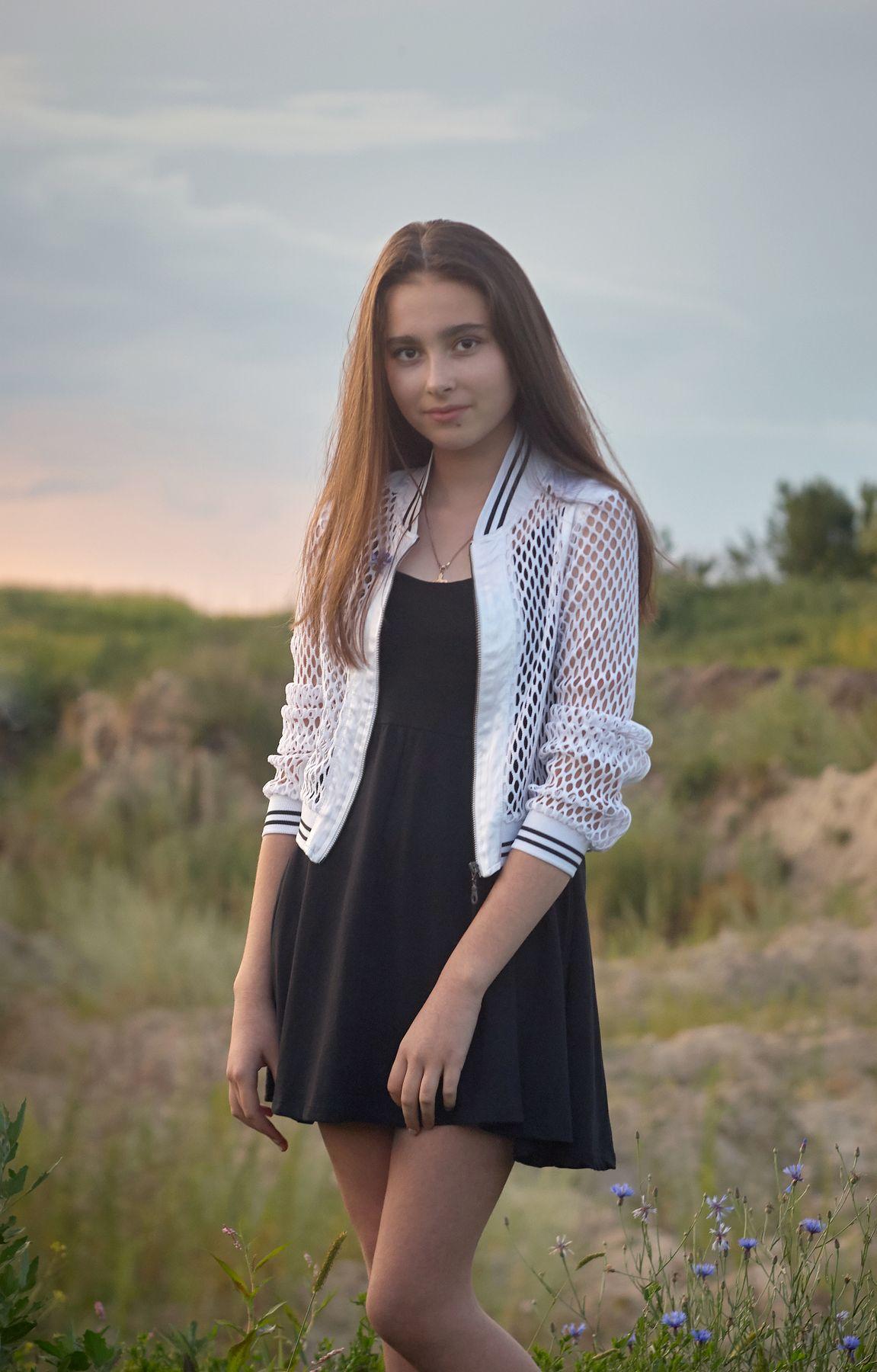 *** детский портрет девочка закат лето