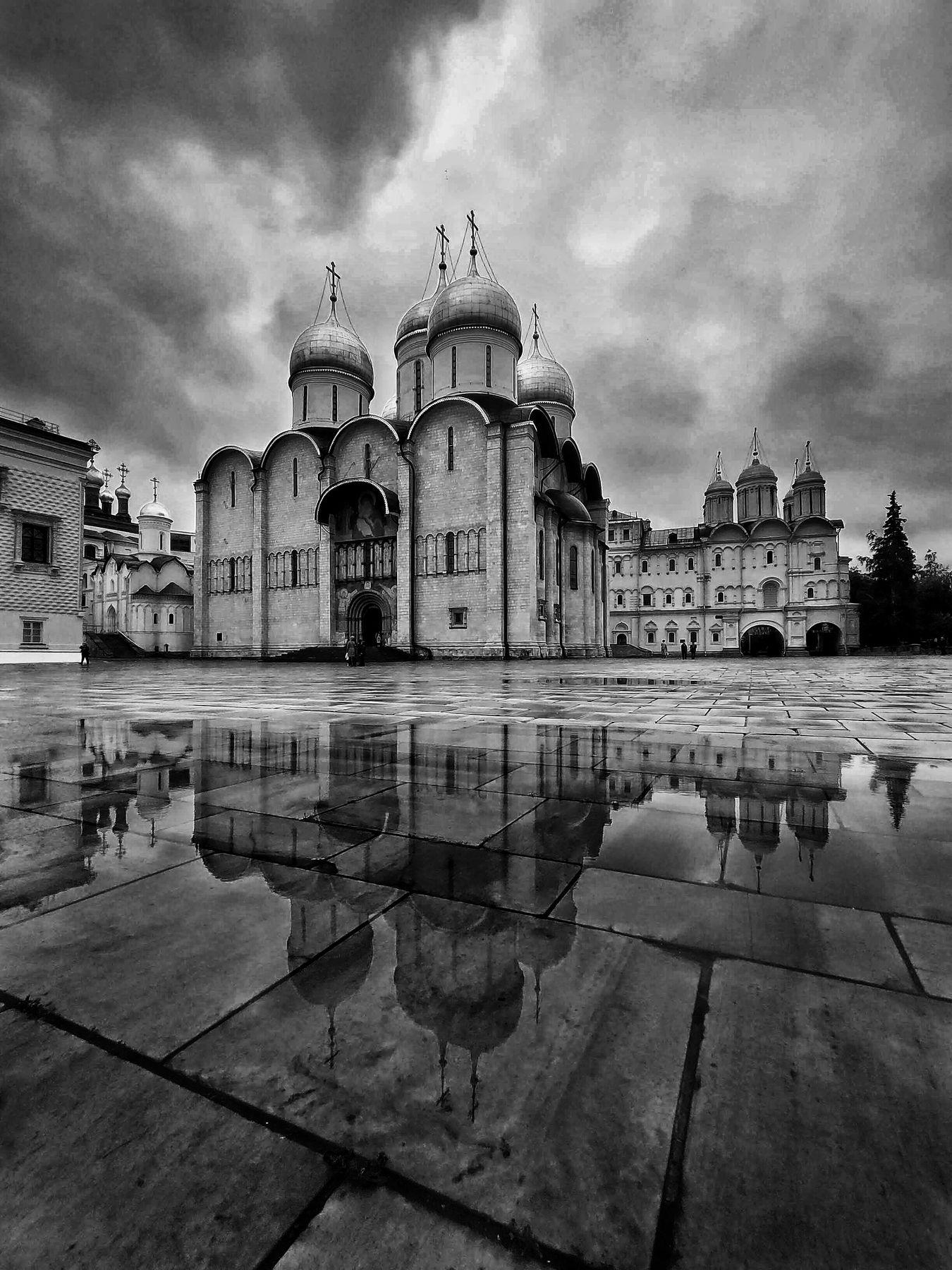 Соборная площадь Кремля - 2