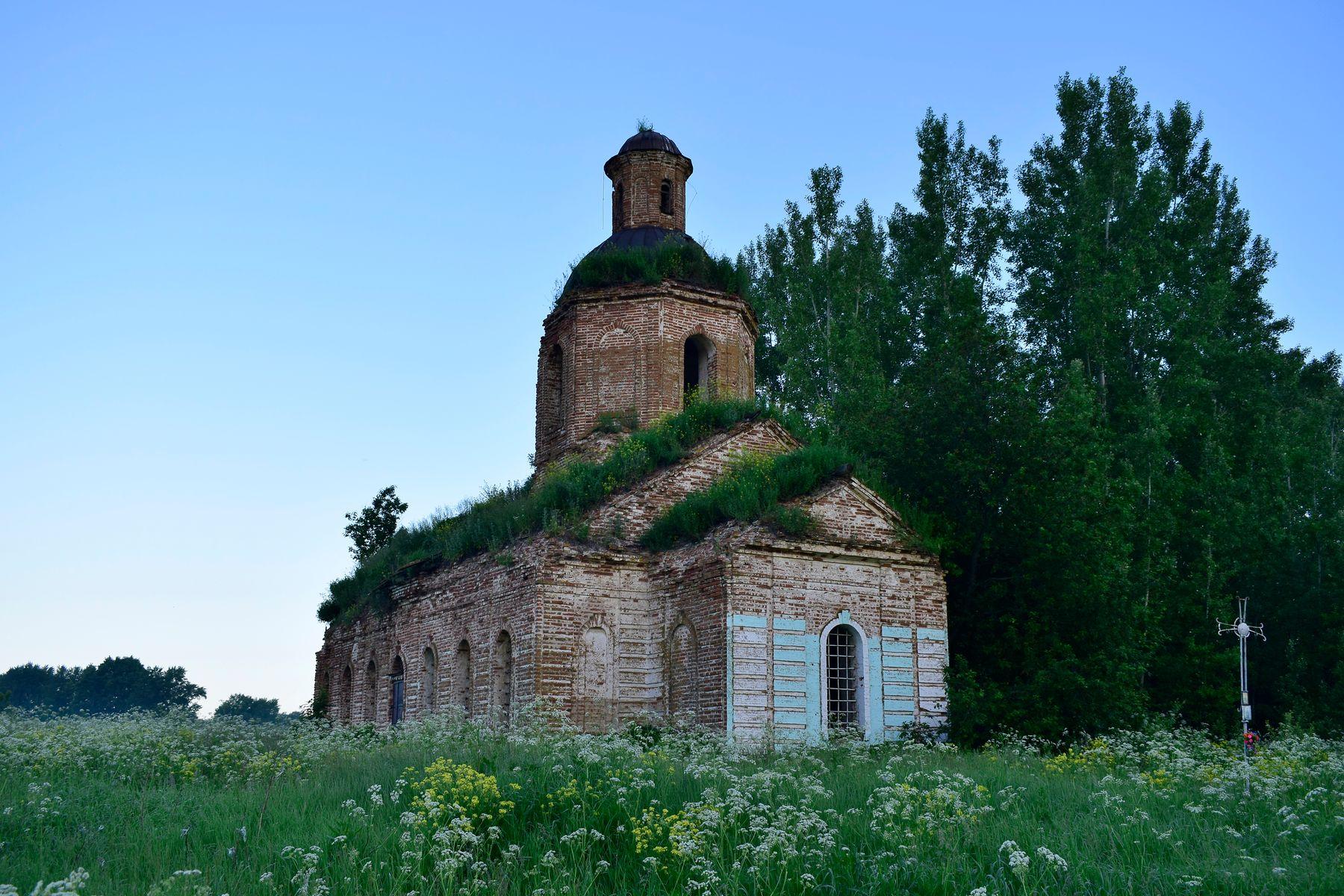 """""""Церковь старая одинокая..."""" Церкви Мордовия архитектура памятник заброшенный деревни"""