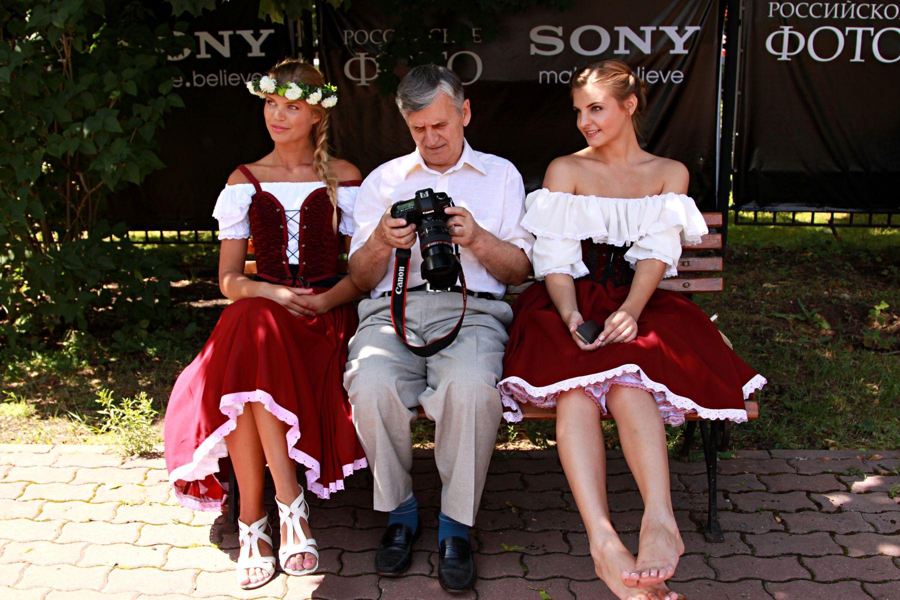 Фотоссесия в день фотографа в Сокольниках люди лица город прохожие уличный портрет стрит девушки