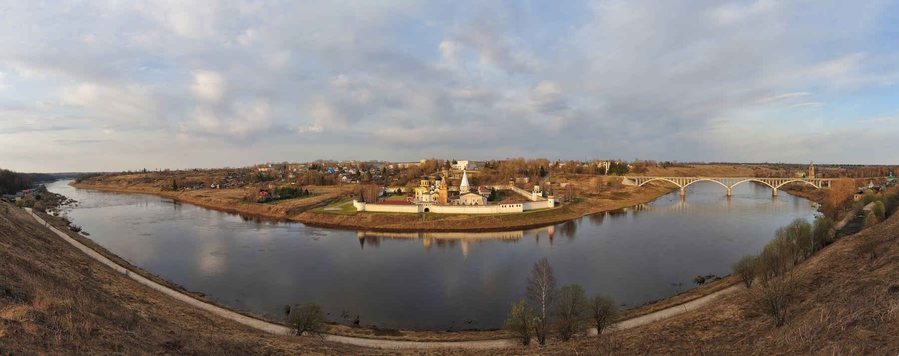 Ста́рицкий Свя́то-Успе́нский монастырь