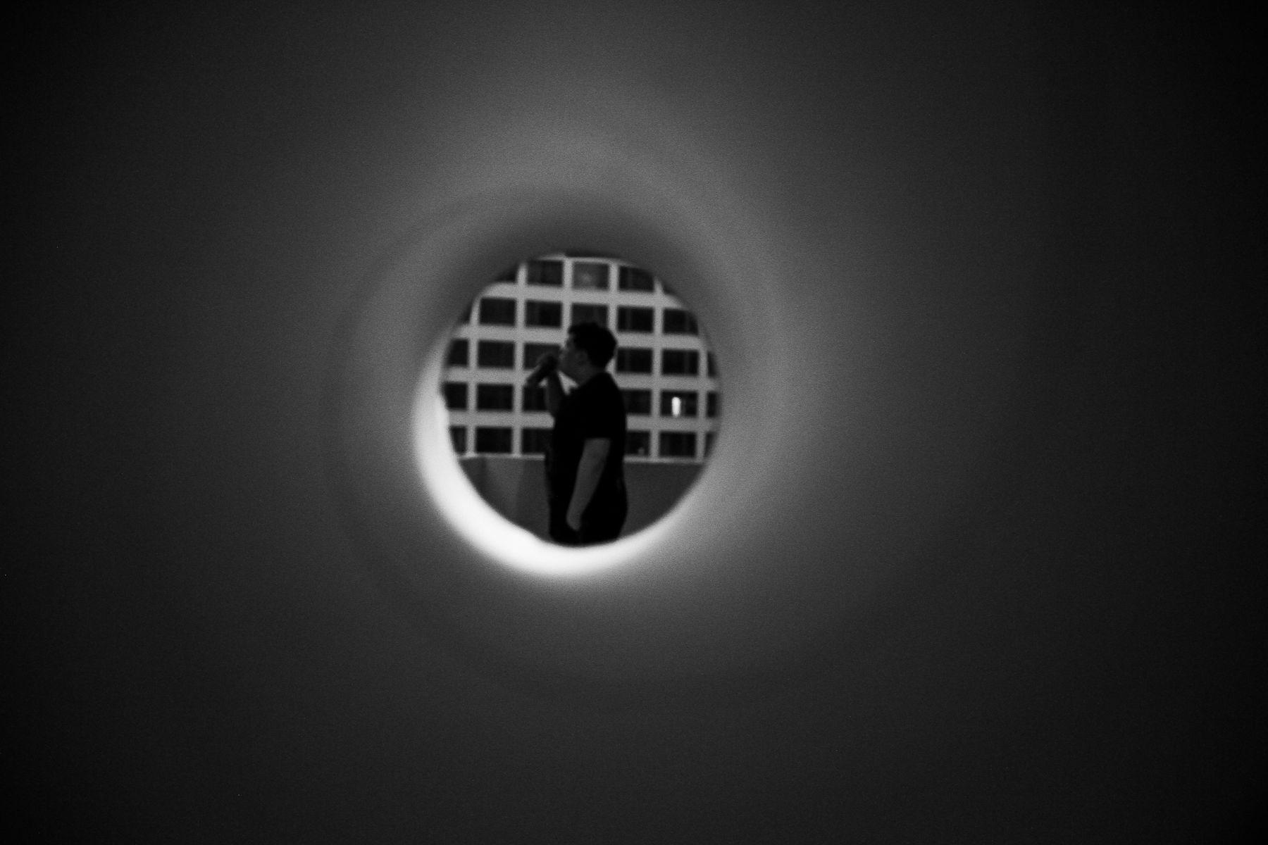 *** man портрет небо sky one person girl bw black white photography streetstyle