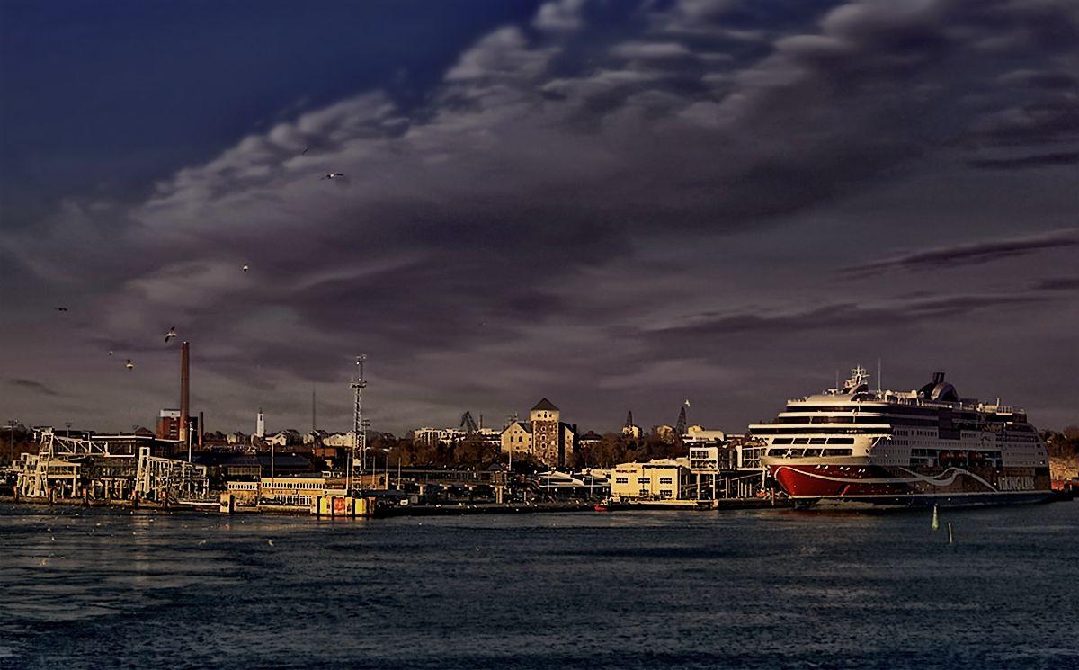 ***Вечер в порту Турку. Финляндия.