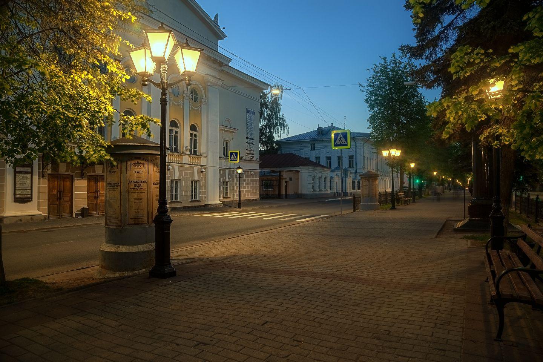 Теплый летний вечер в Костроме