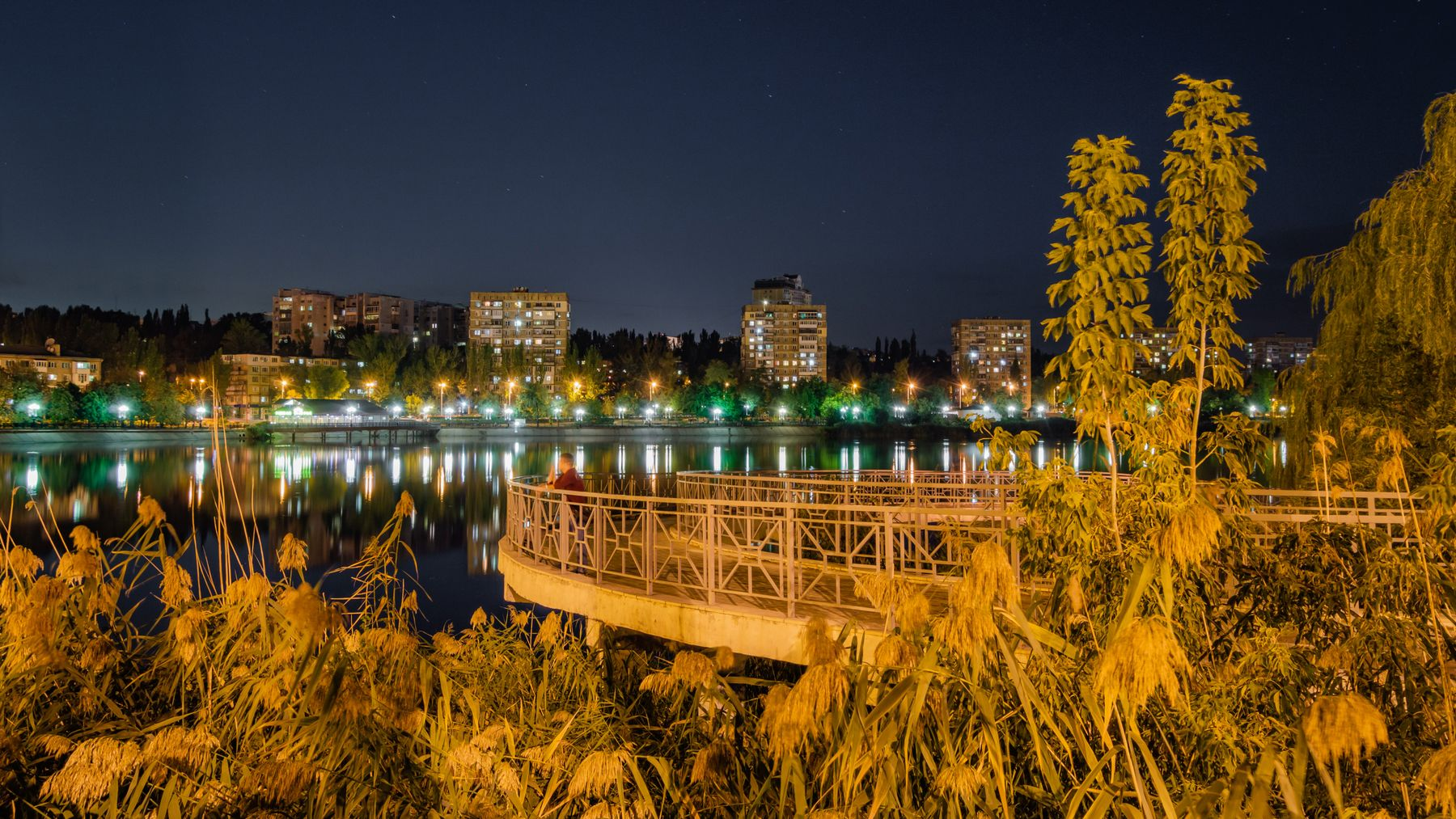 *** ночь город