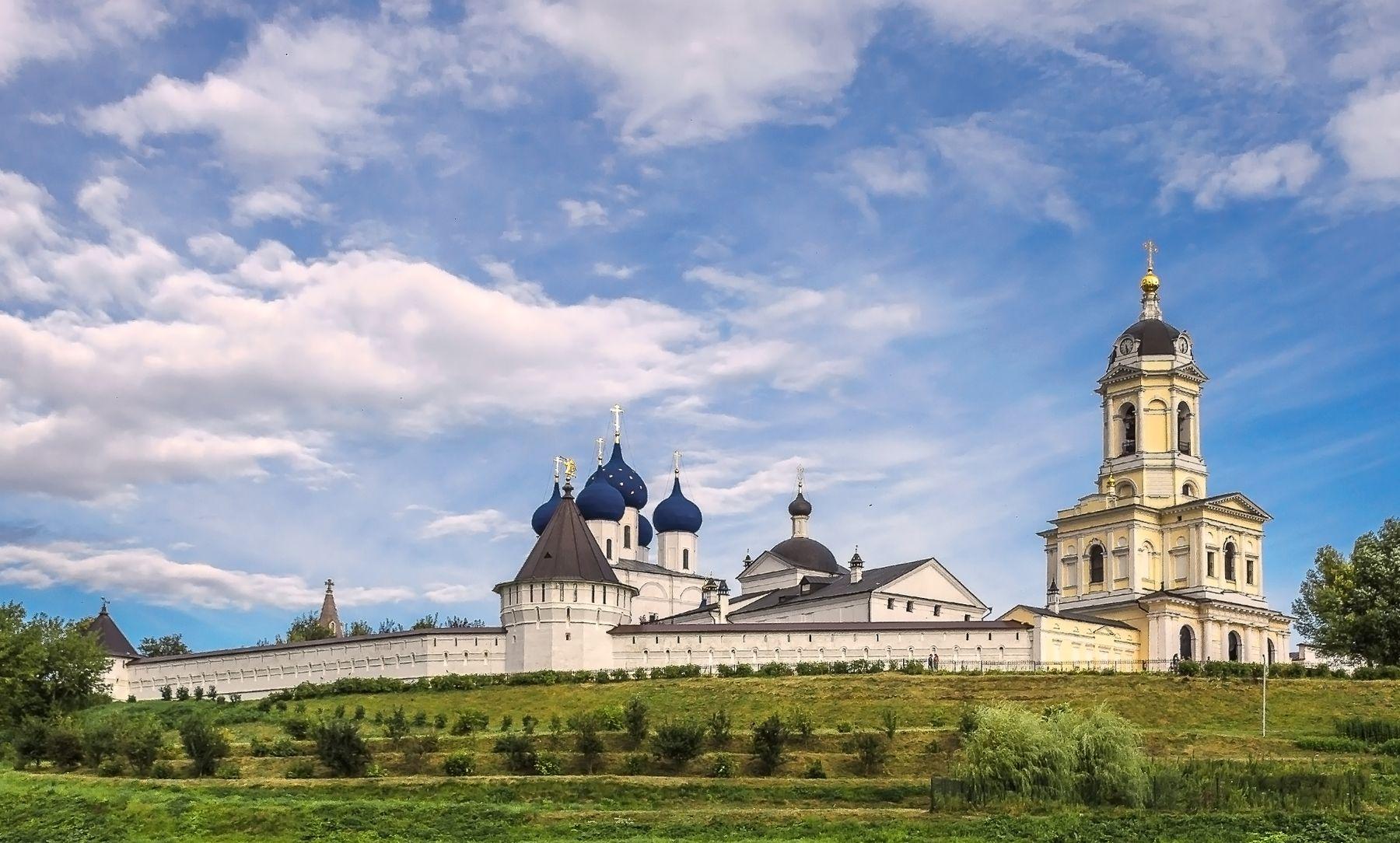 Высоцкий Зачатьеский мужской монастырь .Серпухов .