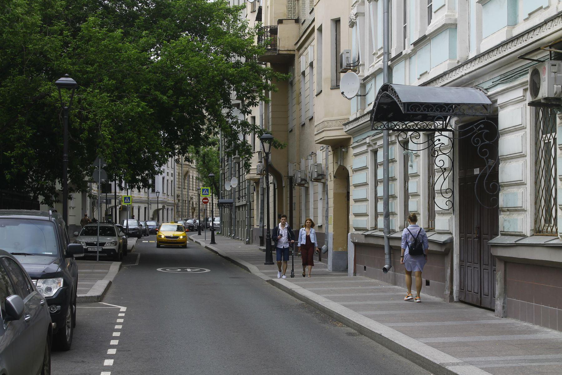 улица Жуковского Москва