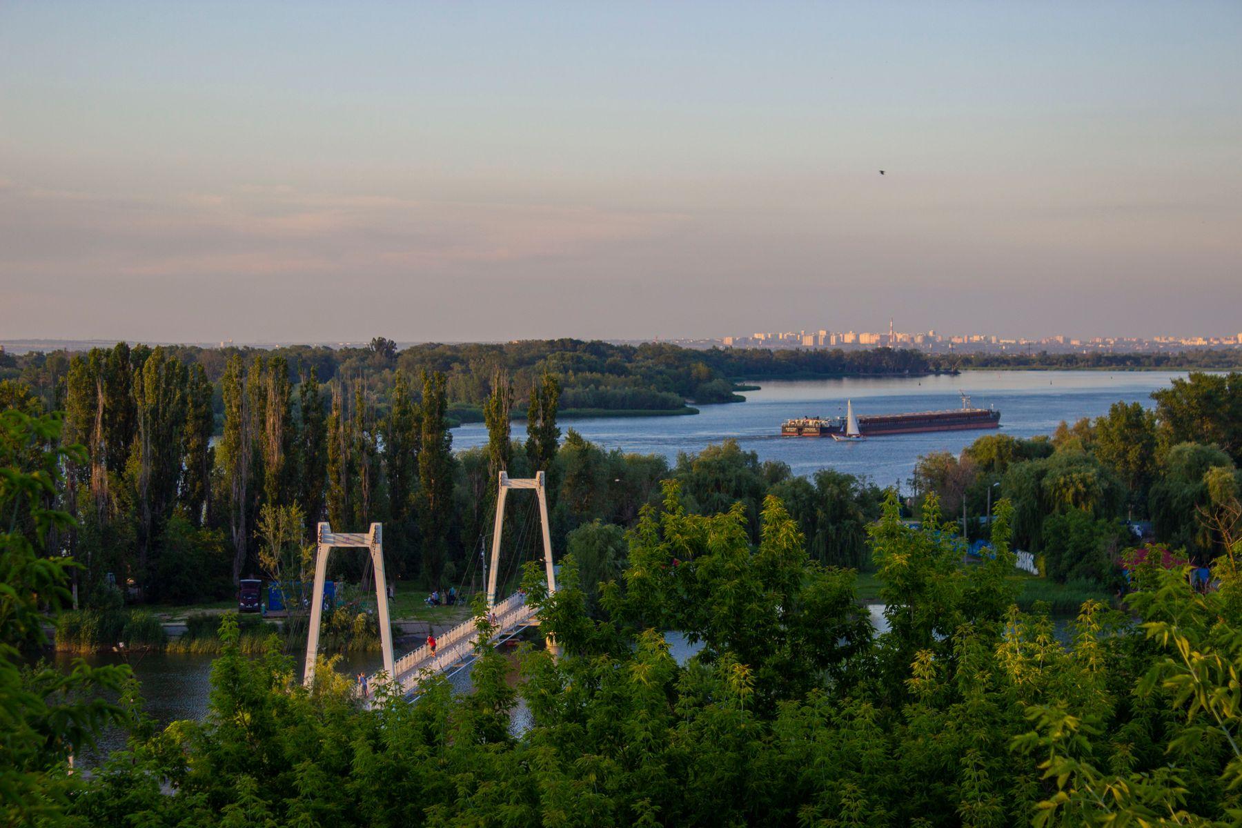 *** Азов подвесной мост