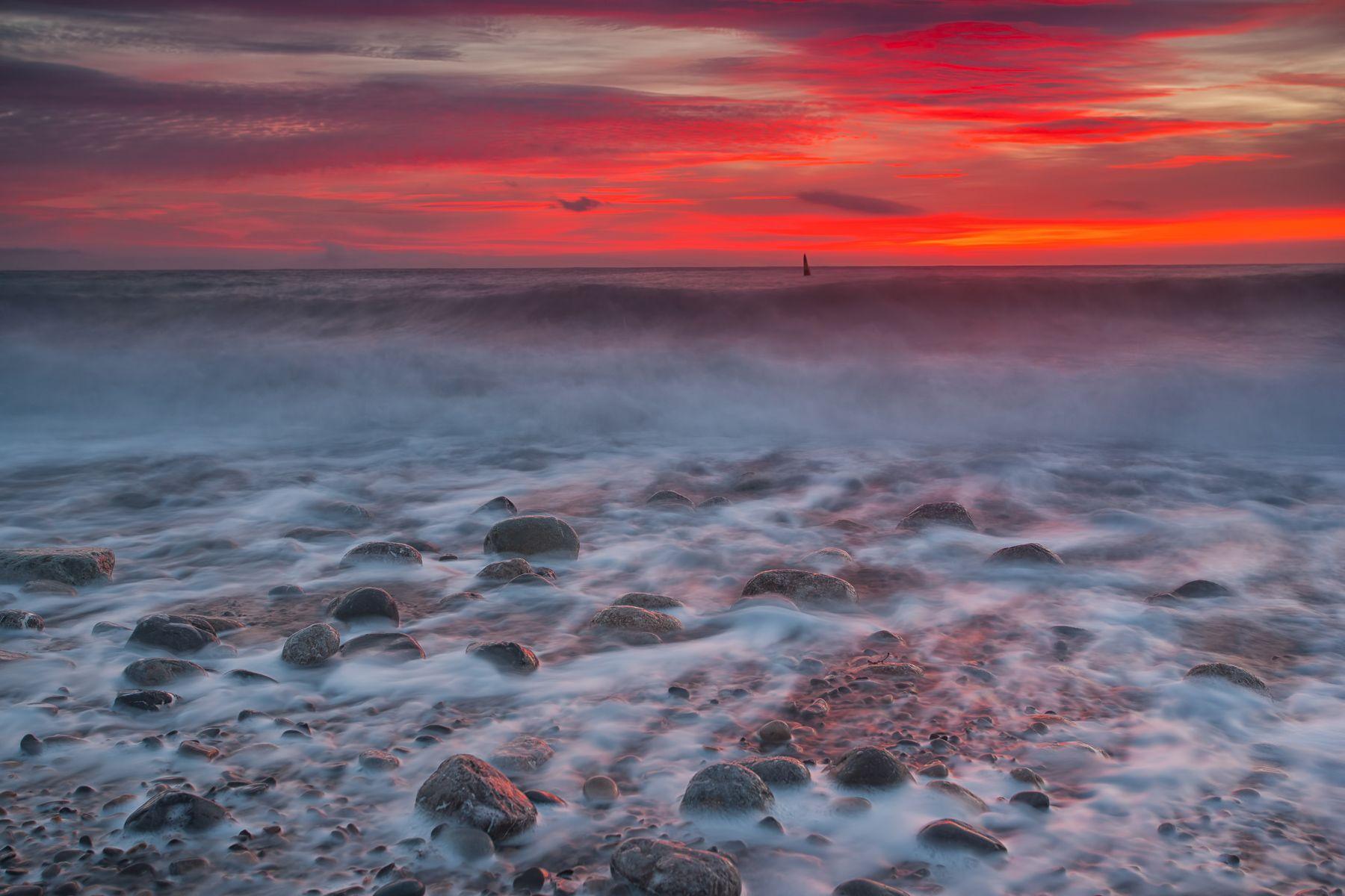 Шторм в Ялте Ялта Крым шторм Черное море пляж волна