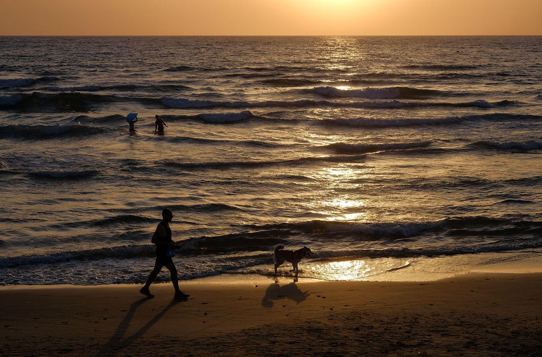 Прогулки на закате Хайфа море