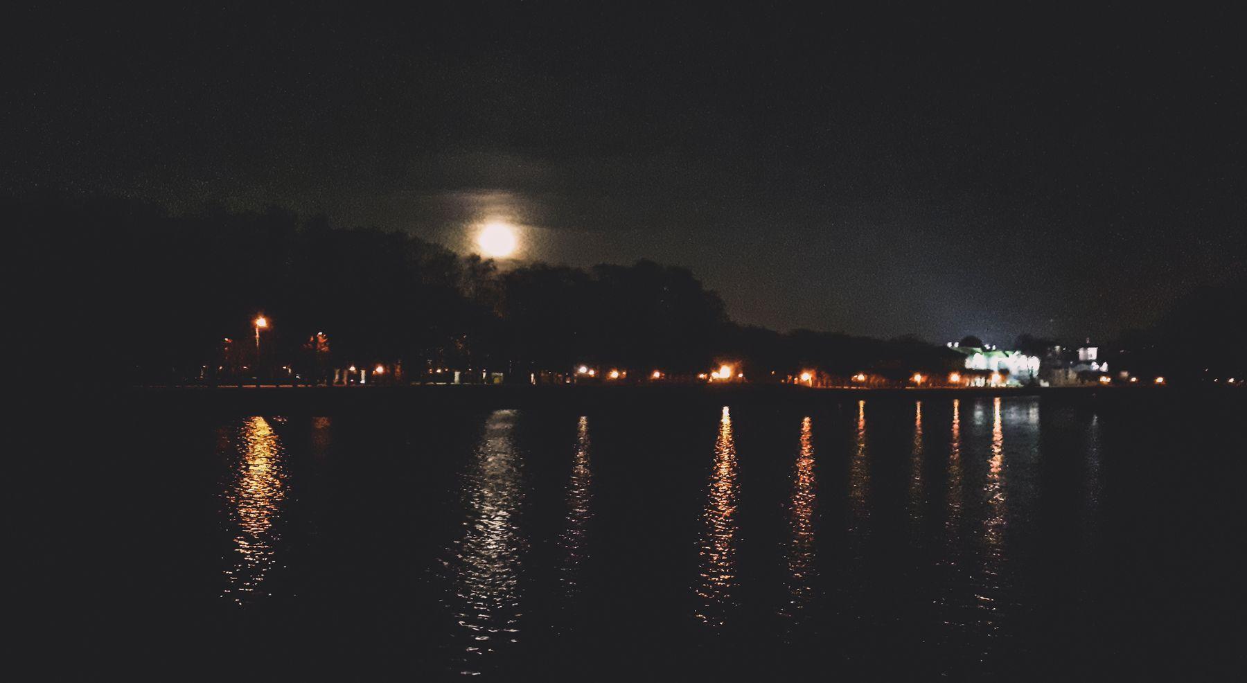 *** ночь парк пруд свет